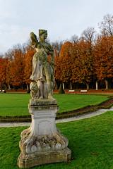 Diana 3200 (Karl-Heinz + Alexandra) Tags: statue skulptur nordkirchen schlossnordkirchen diana