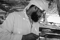 Zagora Sunday Market (toletoletole (www.levold.de/photosphere)) Tags: bw fujixt2 market markt marokko portrait porträt sw zagora