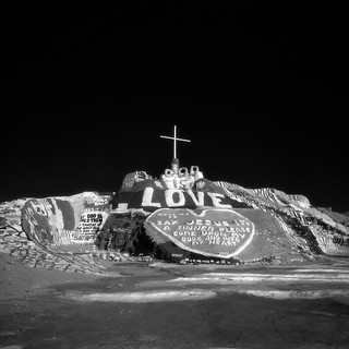 god is love (infrared). salvation mountain, ca. 2016.