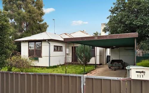 111 Crispe Street, Deniliquin NSW 2710