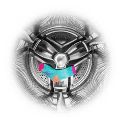 13/52 Socks. (Suggsy69) Tags: nikon d5200 1352 sock socks washingmachine inside colour fisheye fisheyelens circle round vignette selectivecolour 52weekproject week132017 52weeksthe2017edition weekstartingsundaymarch262017