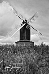 only processed in ACR (Uncle Berty) Tags: brill windmill post mill postmill wind village small 17th century common land owned by villagers bucks buckinghamshire oxon oxfordshire border county hill 600ft above sea level black white bnw bw processed acr processing high contrast