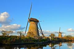Holland Mills (JaapCom) Tags: jaapcom moulin mill mills landscape kinderdijk molino polder water netherlands dutch spiegeling clouds