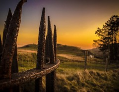 Evening at the kissing gate (Rae de Galles) Tags: fields nationalpark gate rust view nature sunset evening breconbeacons brecon beacons