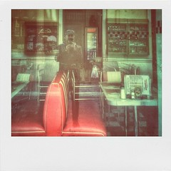 "A.M. (PlLrD) (QuietWalker ""crisis on Mars"") Tags: americanflavor food restaurant restaurante me selfportrait lostwalker reflections reflejos polaroids polaroid textura texture sonylt30p sonyxperiat sony marzo march 2015 convalescenceperiod2015 convalescenceperiod spring primavera red rojo outdoor eyephoneography phoneography"