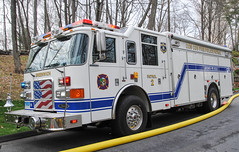 Greenwich 2nd Alarm Structure Fire 4/15/17 (zamboni-man) Tags: greenwich westchester fire rescue ems police officer cos cob volunteer paid career glenville ladder reasce heavy tanker tender operations rural water supply drafting pierce apparatus through roof fully involoved involved whelen gems