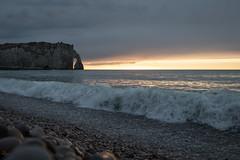 vague du soir, Étretat, Normandie, France (boooHguy) Tags: paysages mer sea falaise étretat normandie etretat sunset