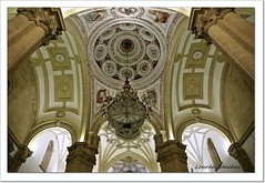 Catedral de la Natividad de Nuestra Señora- Baeza (Lourdes S.C.) Tags: catedrales baeza catedraldebaeza renacimiento renacentista provinciadejaén arcos arquitectura contrapicado