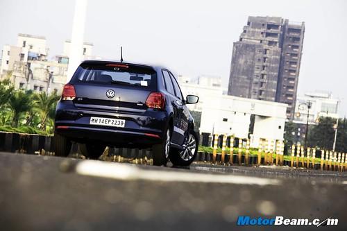 2015-Volkswagen-Polo-GT-TDI-9