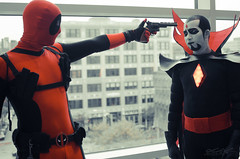 Dead Pool VS Mr. Sinister (GiveWave) Tags: pool dead cosplay sinister marvel comicon 2014 mrsinister ricc deadpool mistersinister rhodeislandcomicon comiconrhodeisland ricomicon2014 comiconri ricomicon givewave