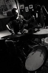 WILL GUTHRIE (AUST) -5- (Jean-Michel Baudry) Tags: bw festival canon concert brittany noiretblanc live c bretagne nb le 56 musique galion aust lorient 2014 scne canoneos50d willguthrie jeanmichelbaudry jeanmichelbaudryphotographie lesindisciplines9