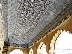 Jaipur Rajasthan, January 2012 (leonyaakov) Tags: travel india architecture fort hill palace unesco elephants monuments hindu jaipur rajasthan pinkcity