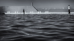 IMG_6271_b&w (johncl2700) Tags: newcastle blackwhite swimmingpool oceanbaths