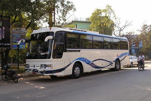 Hyundai coach
