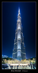 Einfach nur hoch (miwamuc) Tags: burjkhalifa dubai nacht bluehour canon 6d architektur blue hour night thebluehour