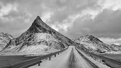 island hopping the fun way (lunaryuna) Tags: norway lofoten lofotenislands lofotenarchipelago islandshopping road bridge mountainrange seascape landscape winter season seasonalbeauty blackwhite bw monochrome travel journey ontheroad driving voyage vanishingpoint lunaryuna