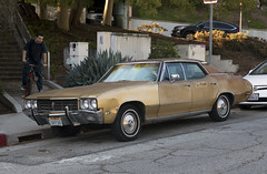 1970 Buick Skylark Custom sedan (vetaturfumare - thanks for 2 MILLION views!!!) Tags: cactus buick skylark custom 1970 fourdoor 4door hardtop sedan la losangeles silverlake hipsters brown rust hubcaps