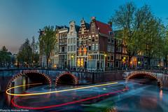 U-Turn (AnBind) Tags: holland leidsegracht keizersgracht netherlands lichtstreifen niederlande lighttrails grachten amsterdam april noordholland nl bravo urlaub 2017