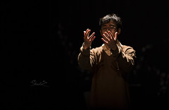 Waiting For Love (Lexi Zheng) Tags: theater contrast canon 6d ratio lighting love