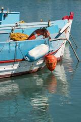 DSC01484_s (AndiP66) Tags: sigma24105f4 vlychada port habour hafen harbour boot boat fishingboat fischerboot santorini santorin thira thera greece griechenland cyclades kykladen caldera aussicht view september 2016 hellas ellada sony sonyalpha 77markii 77ii 77m2 a77ii alpha ilca77m2 slta77ii sigma24105mmf4dghsmart sigma 24105mm amount andreaspeters