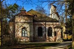 Magdalenenklause (Roman Achrainer) Tags: magdalenenklause schloss schlosnymphenburg nymphenburg münchen schlosspark bayern gebäude ruine park achrainer