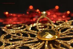 Gold & Red (Nourah.A.Edhbayah (Super Flower♥إظبيه)) Tags: gold red kuwait nourah abdullah edhbayah نوره عبدالله اظبيه الكويت q8 ذهب ذهبي