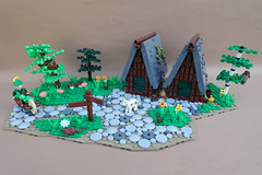 9 Kingdoms - Somewhere in the Brandküste (-Balbo-) Tags: lego moc brandküste bauwerk rohan balbo creation house chipmunk