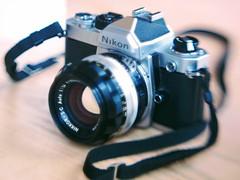 nikon fm keeping it simple (too close for infinity) Tags: free lens jml 56mm f13 nikon fm