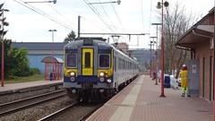 AM 971 - L154 - JAMBES (philreg2011) Tags: am971 l154 amclassique cityrail l20144550 l20144585 sncb nmbs trein train jambes