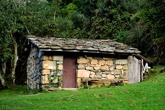 cabana na mayada de Cureu (Tito_Astur) Tags: naturaleza nikon montaa cabaas asturies d3100
