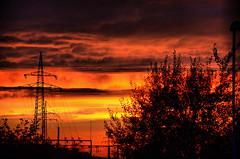 Garbsen_2014_Oktober_0064_fhdr (inextremo96) Tags: sunset tramonto sonnenuntergang sundown sonne coucherdesoleil abendsonne puestadelsol garbsen occaso elocaso zachodslonka