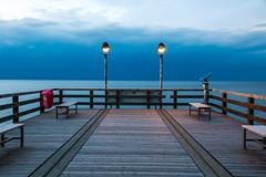 Die Seebrcke Lubmin zur Blauen Stunde (Kretzsche93) Tags: sea strand canon deutschland eos die herbst baltic ostsee zur ostdeutschland bodden mecklenburgvorpommern blauen lubmin greifswalder seebrcke seebad stunde 70d