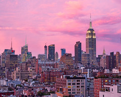 Midtown Pink (melfoody) Tags: newyorkcity sunset newyork evening dusk midtown empirestatebuilding empirestate 980