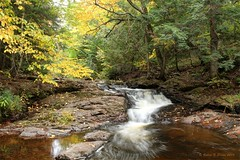 Unnamed Falls On The Little Carp River (Robert F. Carter) Tags: waterfalls cascades unnamedwaterfalls littlecarpriver fall autumn porcupinemountainswildernessstatepark theporkies porcupinemountains michiganstateparks stateparks crookedtreeartscenter crookedtreephotographicsociety petoskeyphotographyclub petoskeycameraclub robertcarterphotographycom ©robertcarter puremichigan