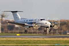 G-JASS Beech 200 Super King Air (kw2p) Tags: canon airport aircraft aviation landing airline untitled glasgowairport egpf canoneos7d beechaircraftcorporation egpfgla gjass kennywilliamson kw2p cnbb983 kingair250b200