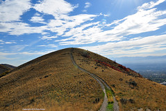 Sky path; trail's end (Tony Frates) Tags: road autumn sky grass utah all path hill peak crest wheatgrass saltlakevalley bunchgrass emigrationcanyon saltlakecounty bluebunch
