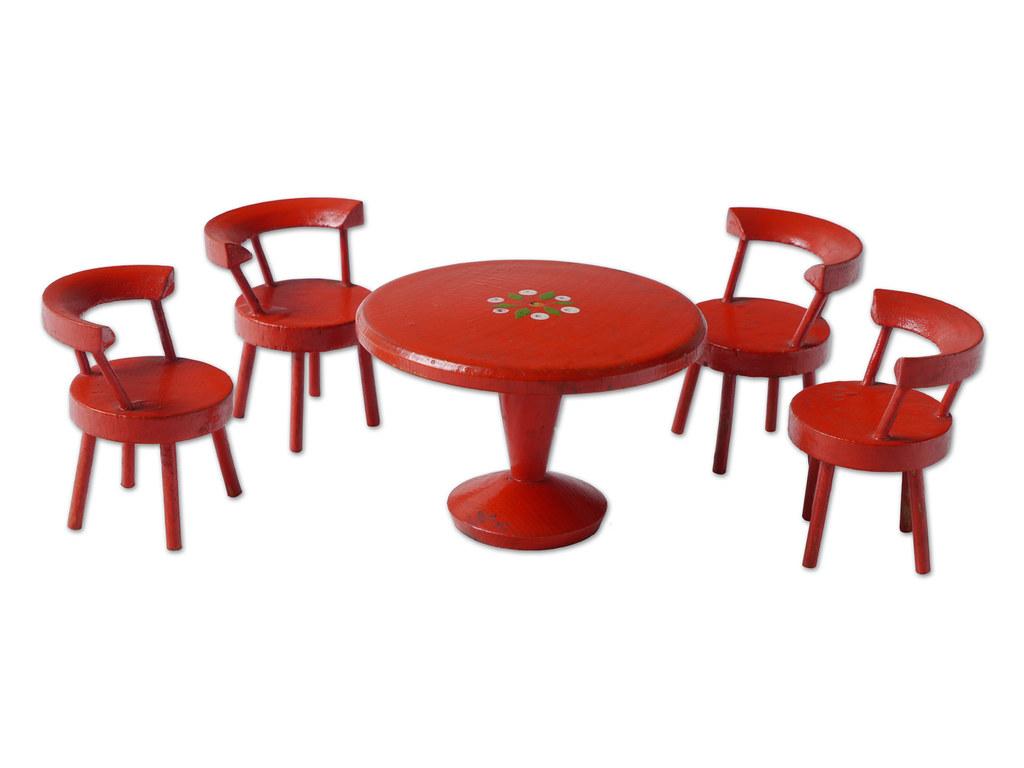 1973 470 102 (STUDIO ALIJN) Tags: Wood Red Game Museum De