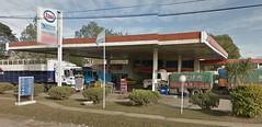 ESSO Servicentro Buyatti Ricardo Luis y otro - Estacin de servicio (EDL-Funes) Tags: santafe argentina gasstation esso exxon petrolstation gasolinera recreo fillingstation exxonmobil estacindeservicio