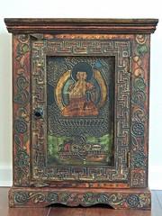A Buddha Bookcase -:- 5302 (buddhadog) Tags: bookcase buddha decorativewood challengeyouwinner 1win orientalland nh yoga meditation pasohouse pascohouse pascocourt flickrpedia 100vu 500vu 700