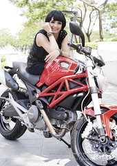 Girl and Ducati Monster (s'tar photo) Tags: red woman girl monster model nikon motorbike motorcycle motor ducati perempuan asiangirl superbike asianwoman wanita d600 cewek indonesiangirl indonesianwoman nikond600 sepedamotor sigma50mmf14exdghsm ducatimonter