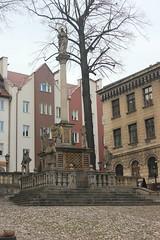 Kolumna maryjna (magro_kr) Tags: kłodzko klodzko polska poland śląsk slask dolnośląskie dolnoslaskie kolumna pomnik rzeźba rzezba rynek plac column monument sculpture market square