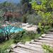 La piscine et le jardin de la Bastide Saint-Bernard