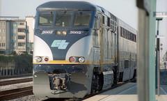 Amtrak CA 2002 ETS 12-26-16 (THE Holy Hand Grenade!) Tags: amtrakca emd f59phi emeryvilletrainstation emeryvilleca nikonf3 nikkor35200mmƒ3545ais kodak portra400 geotagged
