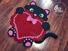 Ready to ship KITTY LOVE ❤️ RUG.  #newbornprop #babyroom #crocheting #nurserydecor #crochetpattern #heart #love #etsy #shophandmade #handmade #crochet #kidsroom #crochetforbaby #valentines #etsyfinds #showergift #nursery #babyshower #pregnancy #kitt (Anastasia wiley) Tags: instagramapp square squareformat iphoneography uploaded:by=instagram kitty cat rug crochet decor kids room nursery baby shower gift crocheting yarn handamade