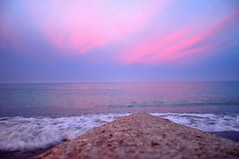 DSC_6623_1223 (maurizio.s.) Tags: sabbia sand spiaggia beach clouds nuvole sky red pink rosa rosso sea onde waves white bianco schiuma riflesso reflection
