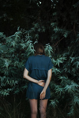 (▲·stardust) Tags: camila back portrait hands manos espalda arms brazos heartbrake intothewild nature naturaleza loneliness solitude soledad