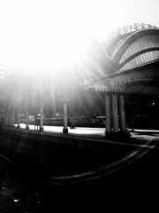Dead Souls (sjpowermac) Tags: souls dream class91 york historic history article50 lisbontreaty sunlight sun canopy mother child pillars flare railway electriclocomotive railwaystation