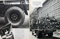 1959. Дорохов А. Как гайка толкнула грузовик 18-19 (foot-passenger) Tags: детскаялитература дорохов грузовик 1959 зил zil childrensliterature