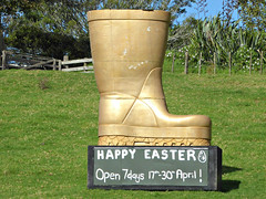 Happy Easter (sallyNZ) Tags: scavenger19 farmpark blackboard gumboot