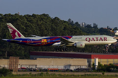 A7-BAE (rcspotting) Tags: a7bae boeing 777300 qatar airways barcelona fc gru sbgr